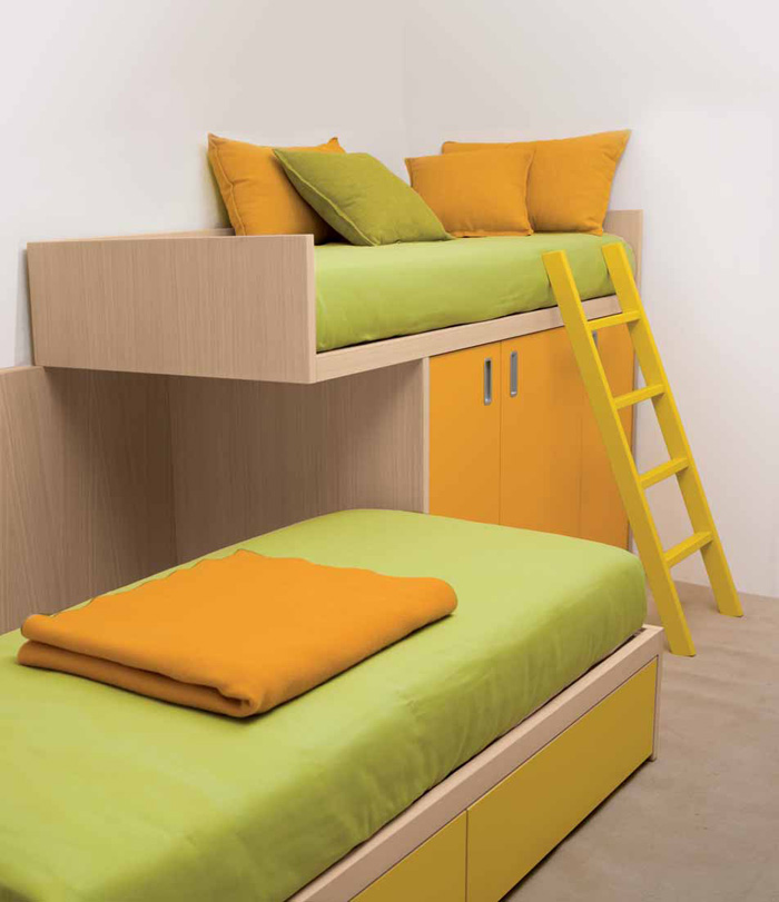 cool-orange-and-olive-green-kids-beds-with-stair-dearkids-kids-bedroom-design-for-two-best-picture-01